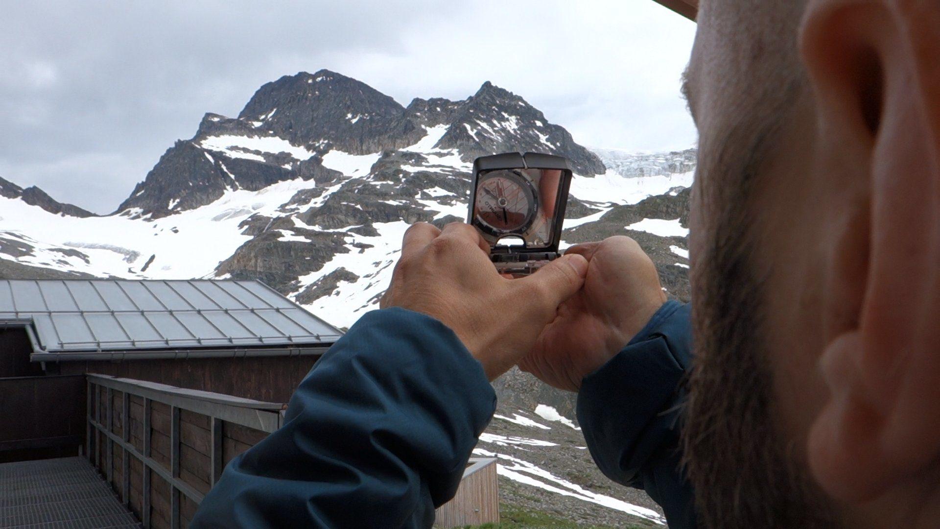 Bergsport Ausbildung Tourenplanung Kompass